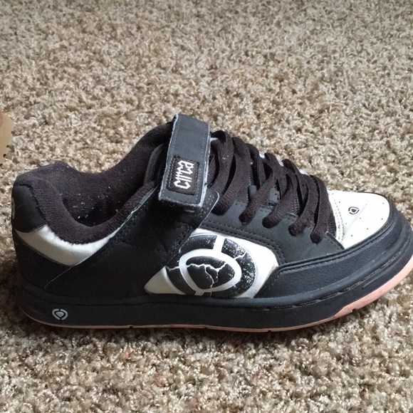 Classic Circa Skate Shoes | Poshmark